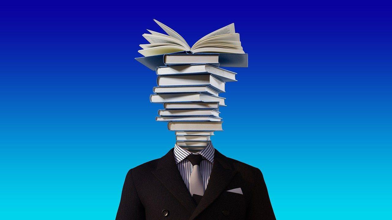 頭が紙の人