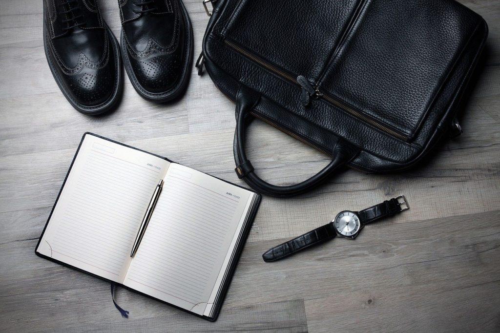 ノート靴鞄